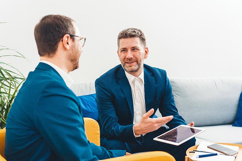 customer-meeting-safir-gmbh-company-berlin