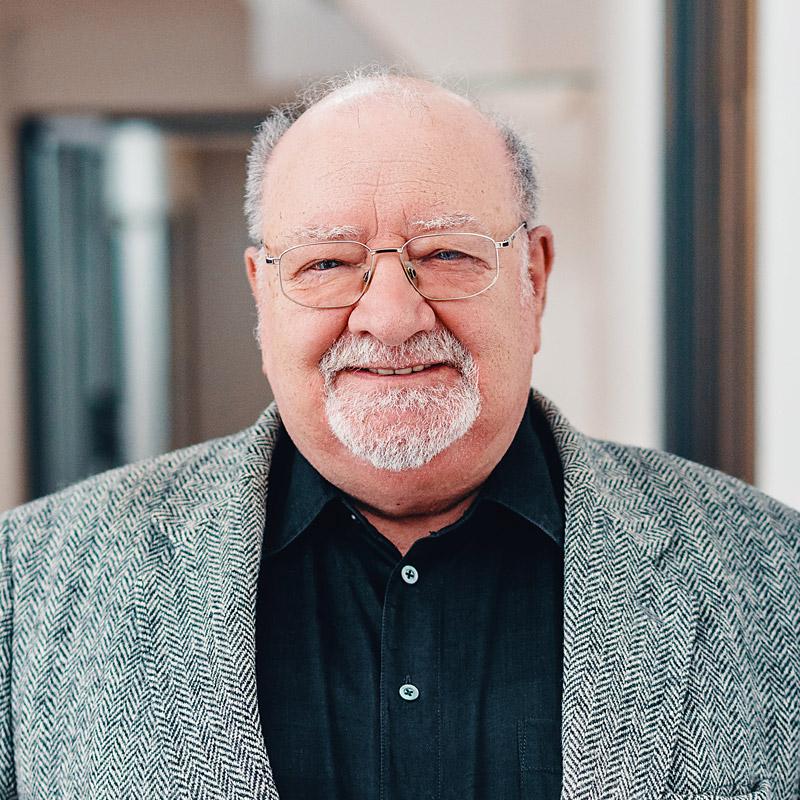 robert-neumann-founder-director-safir-gmbh